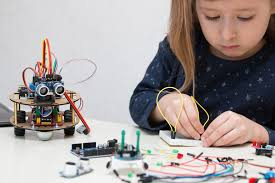 Top STEM Websites To Excite Kids About Tech And Engineering